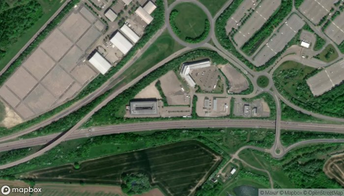 Maple Manor Parking Stansted satellite image