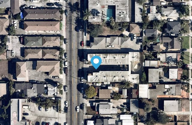 10206 S Inglewood Ave - 10206 South Inglewood Avenue, Lennox, CA 90304