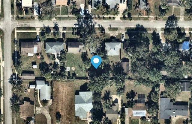 1970 Staunton Ave - 1970 Staunton Avenue, Fairview Shores, FL 32789