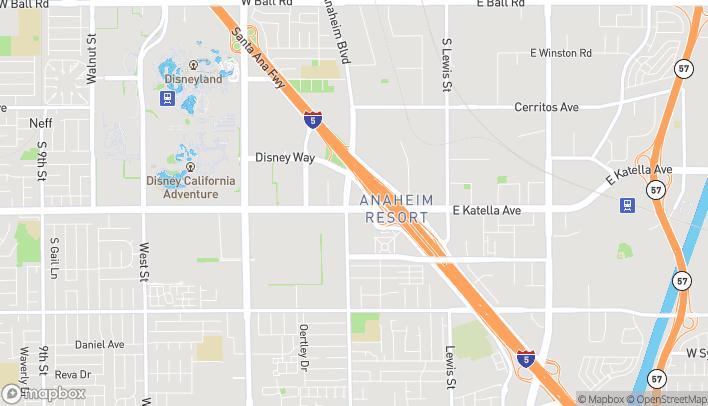 Mapa de 131 E Katella Ave en Anaheim
