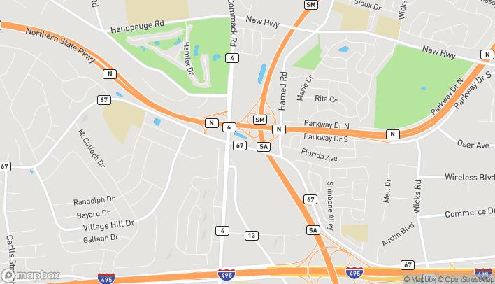 Map of 35 Vanderbilt Pkwy in Commack