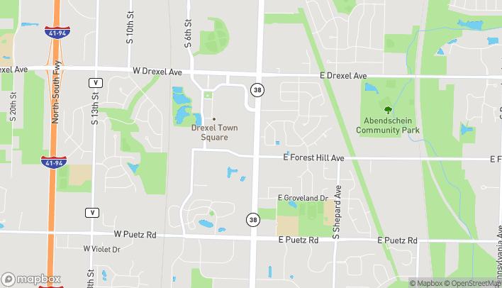 Mapa de 8241 S Howell Ave en Oak Creek