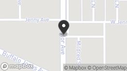 1204 Taylor Plz E, Garden City, KS 67846