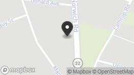 40 Norwich Rd, Quaker Hill, CT 06375