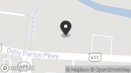 DRIVE-THRU – BANK / RESTAURANT: 972 Dolly Parton Pkwy, Sevierville, TN 37862