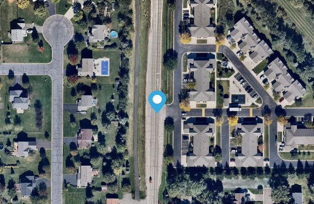 Lakeville Court Apartments & Townhomes - 20390 Dodd Blvd, Lakeville, MN 55044
